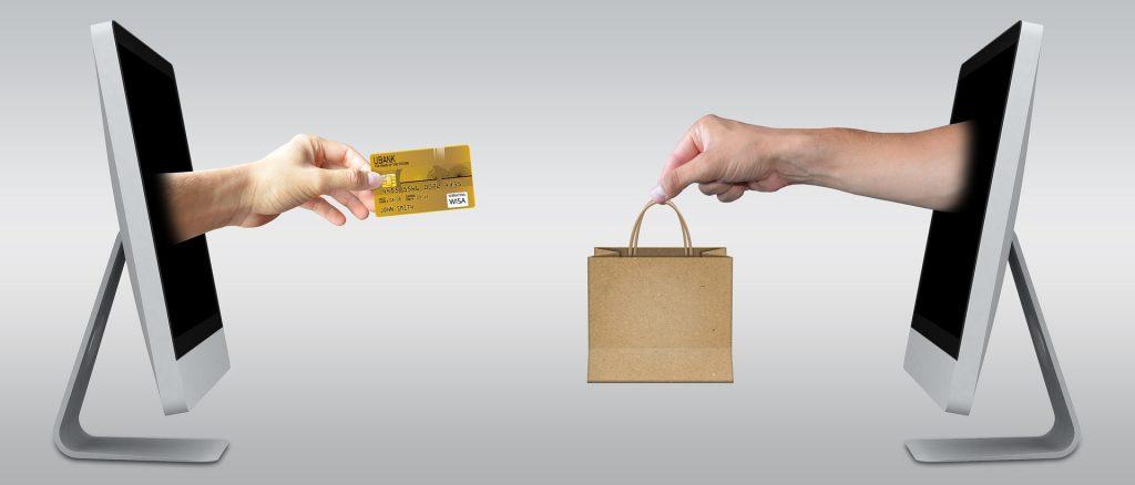 מקימים חנות מקוונת איך מטמיעים מערכת תשלומים באתר.